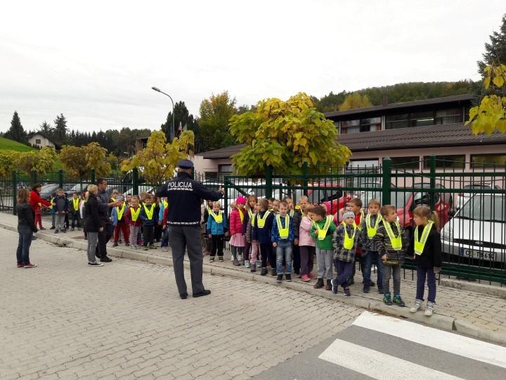 Obisk policistov (4)